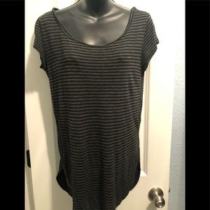Black and gray striped tunic top